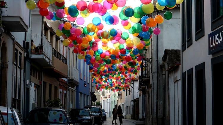 Balónková ulice v Águeda